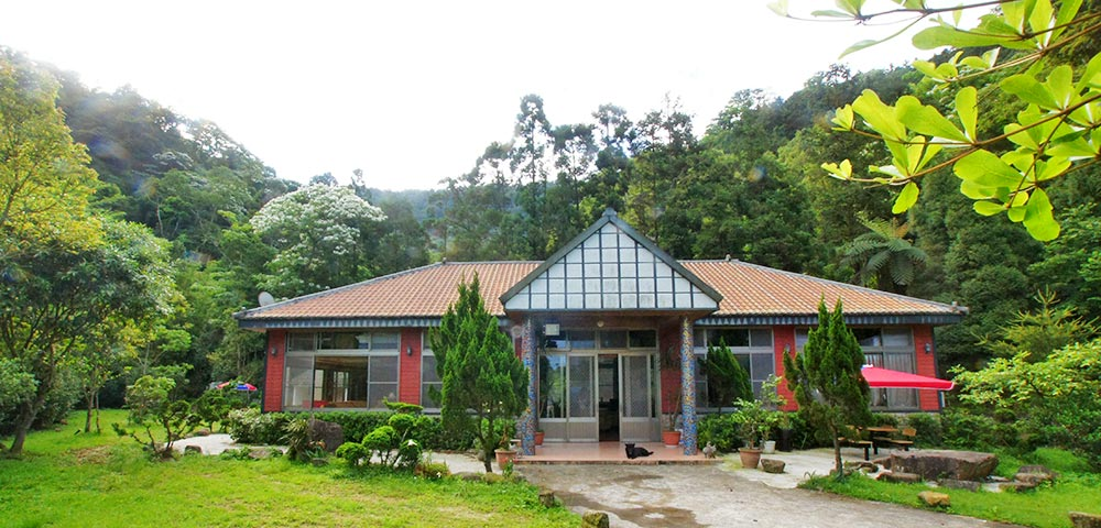 賀!森林谷民宿開幕,經濟實惠的包棟住宿可納約20人。