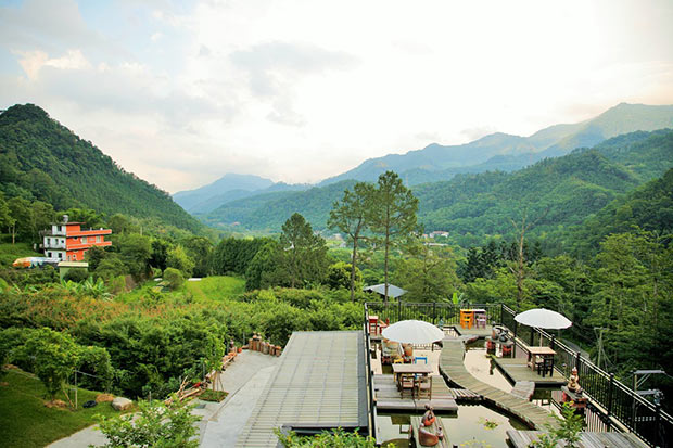 燕子陶民宿全新開幕:一座讓您悠遊在溪山裡的陶花園。